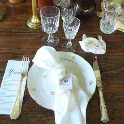 Assiette porcelaine blanche dorure plate