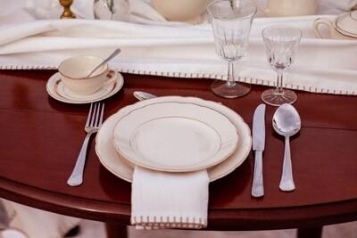 Assiette porcelaine blanche dorure dessert