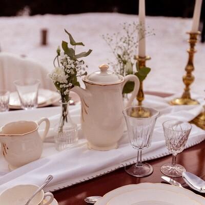 Théière Porcelaine grande blanche dorée couvercle