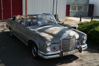 Mercedes W 111 Cabriolet