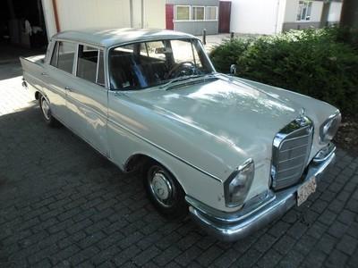Mercedes 300 SE  W 112