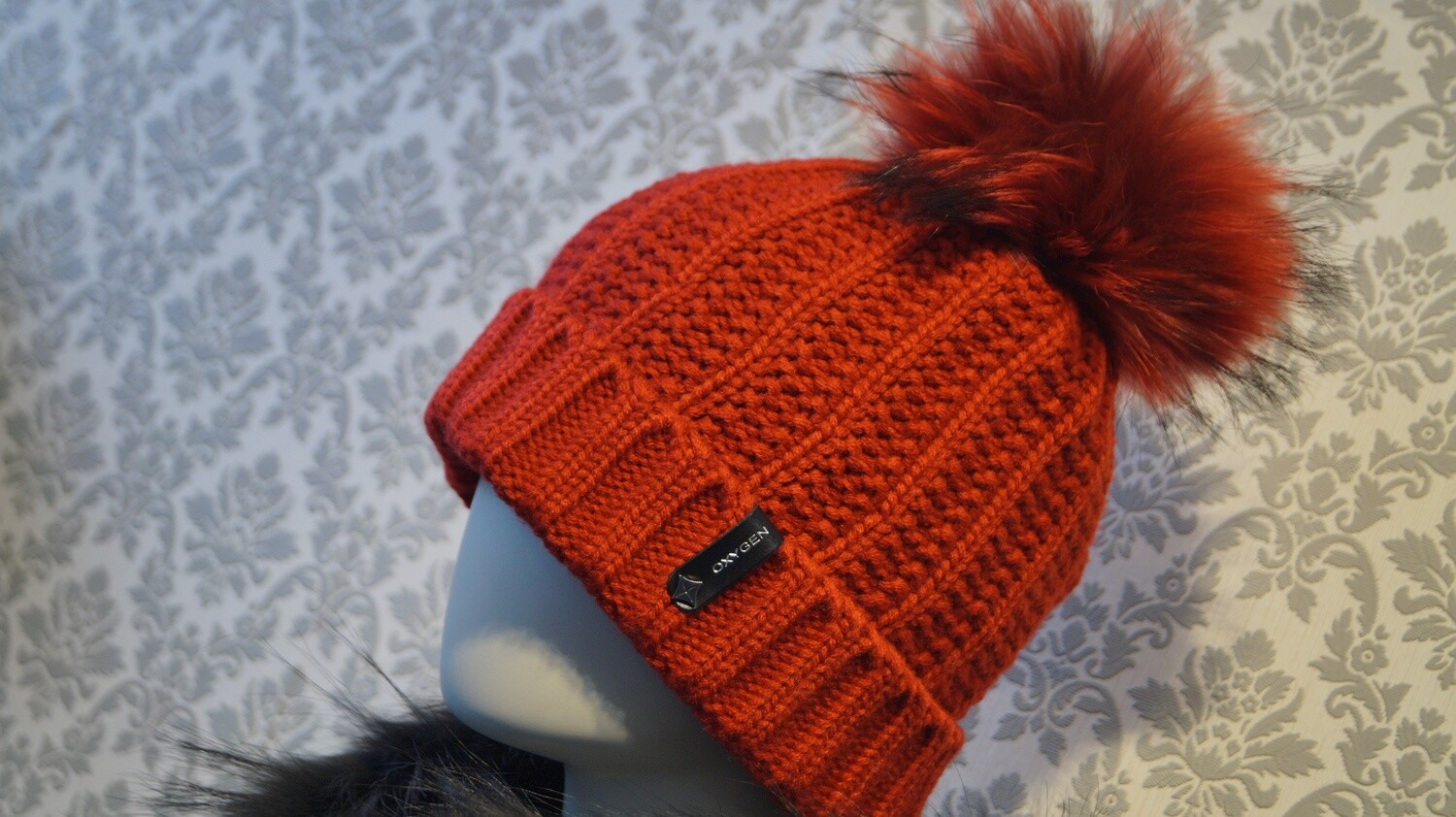 Oxygen Tuque Rouge--Oxygen Toque Red