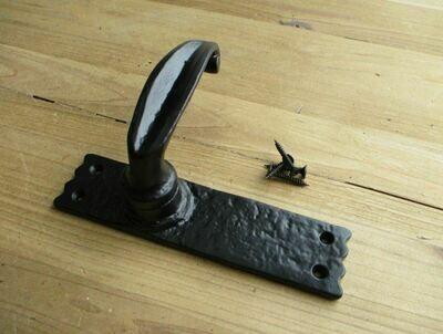 BLACK INTERIOR DOOR HANDLE 6 1/4