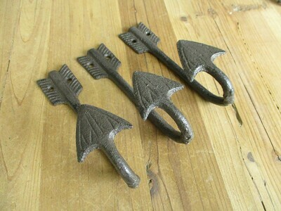 CAST IRON ARROW HOOKS