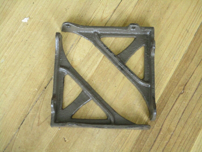 CAST IRON ANGLE BRACKETS 4 3/4