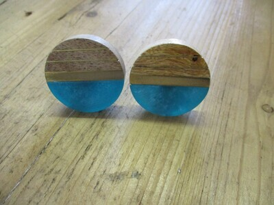 MID-CENTURY STYLE WOOD RESIN TURQUISE AND GOLD KNOBS