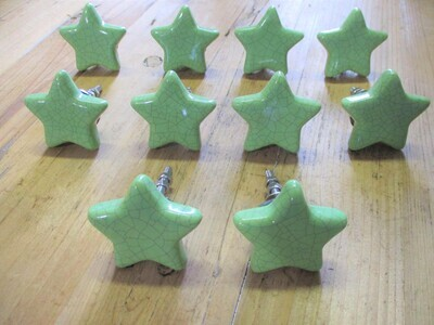 CERAMIC GREEN STAR DRAWER PULLS