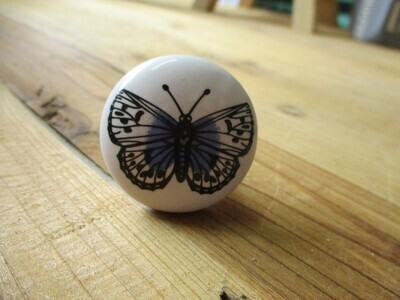CERAMIC BUTTERFLY ROUND KNOBS