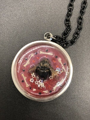 Circle Bee Necklace