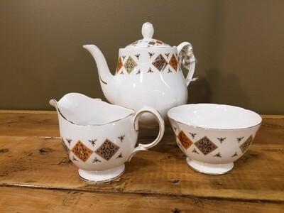 Tea Set- Colclough- Crispin pattern