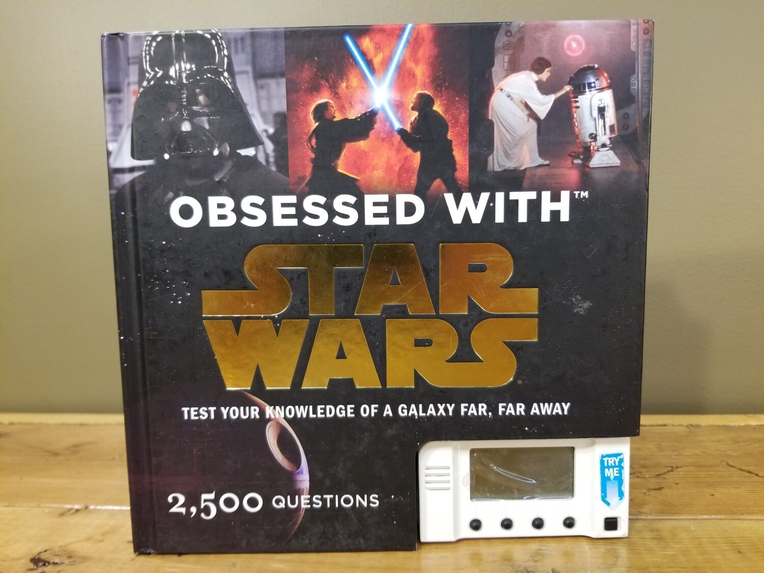 Star Wars Trivia Book With Game