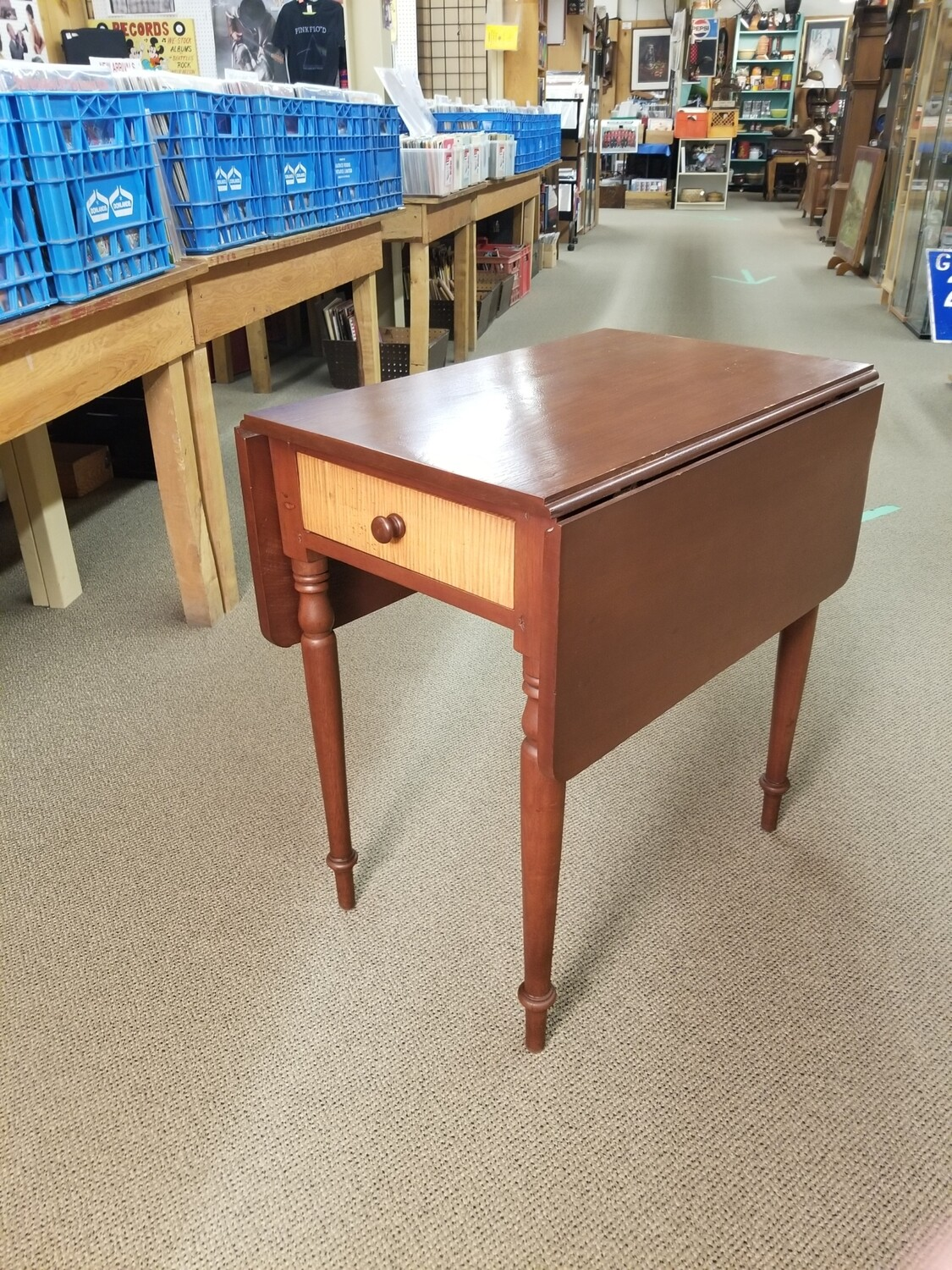 Pembroke Table With Two Drawers