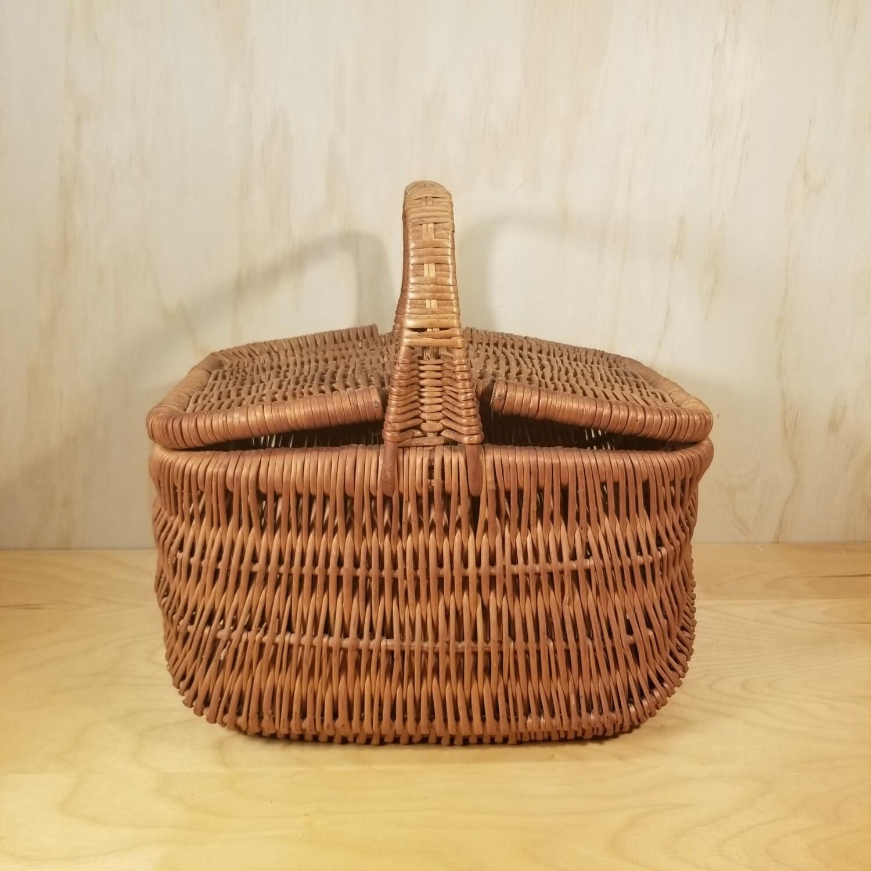 Vintage Market Basket