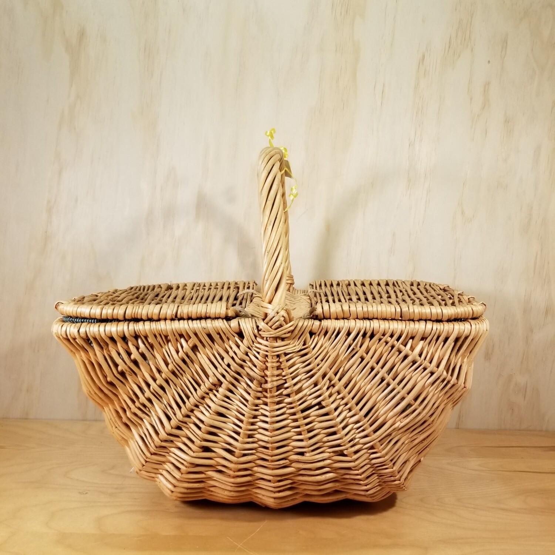 Lined Wicker Picnic Basket
