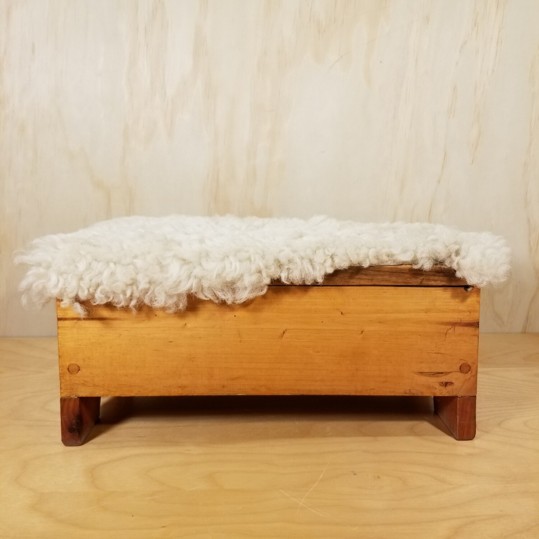 Pine Foot Rest