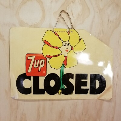 7UP Open/ Closed Sign