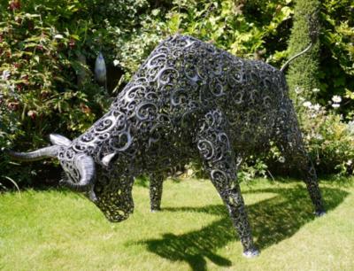 Brisket Steel Décor Bull