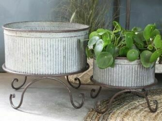 Claudette Flower Pots on Stands