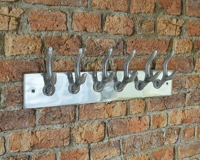 Aluminium Wall Hanging with Hooks