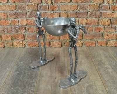 Aluminium 2 Skeletons with 1 Bowl Facing Same Direction