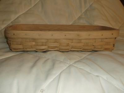 Pastry Basket - 17x6.5, No Handle