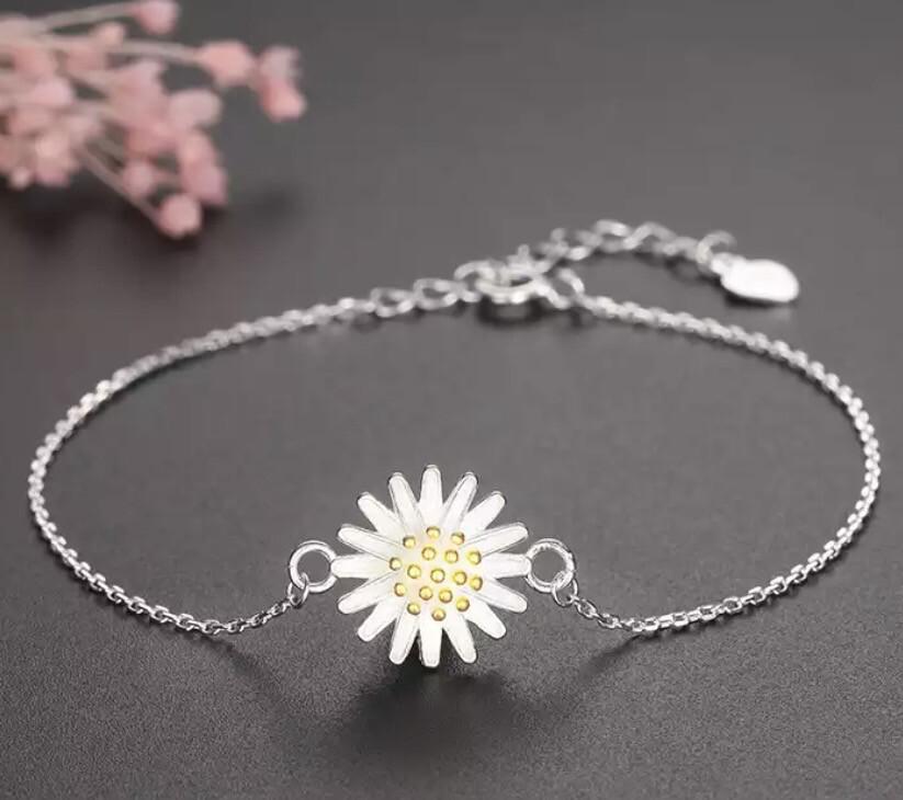 The Daisy Bracelet ( 925 Sterling Silver)