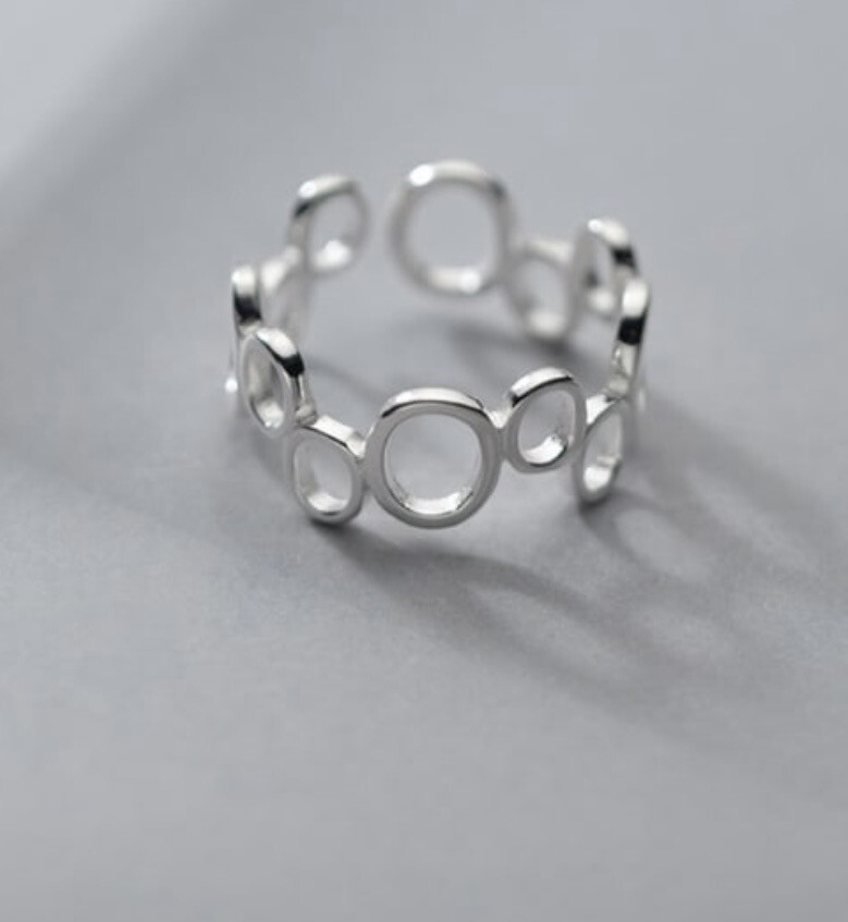 The Bubble Ring ( Adjustable)