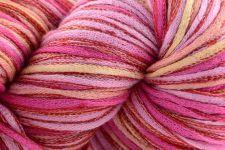 Universal Yarn - Alana, Hula