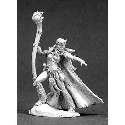 Llana, Shaman - Reaper Miniatures