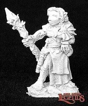 Olivia, Halfling - Dark Heaven Legends - Reaper Miniatures