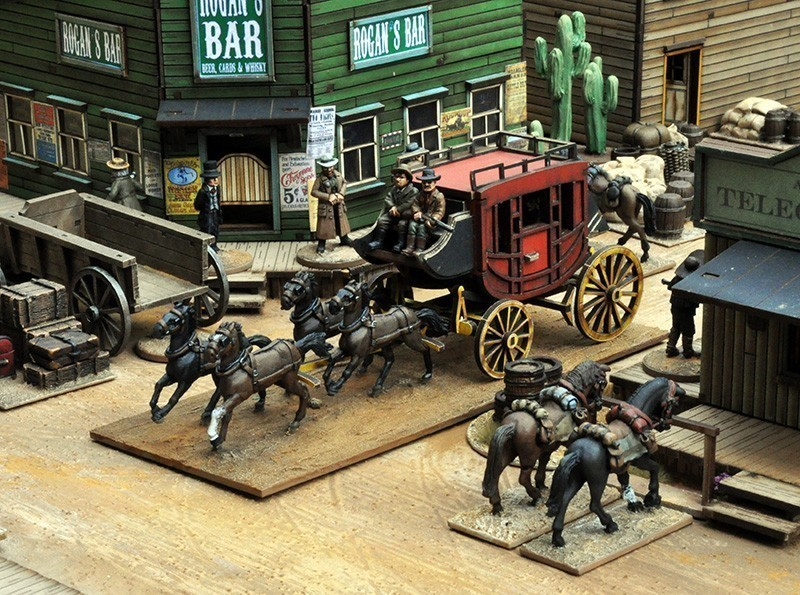 Stage Coach with 4 horses, Driver and shotgun crew and two passengers - Dead Man's Hand