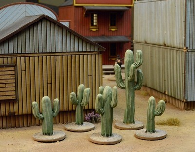 Cacti - 5 resin Cactus- Dead Man's Hand