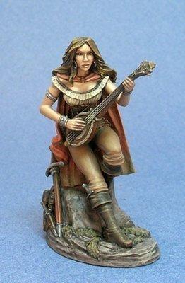 Female Bard - Dark Sword Miniatures