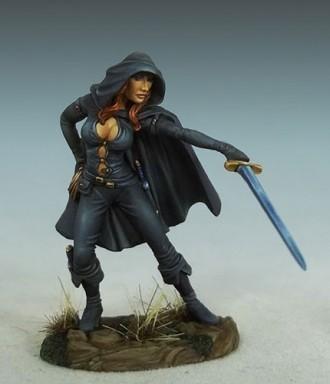 Female Assassin - Dark Sword Miniatures