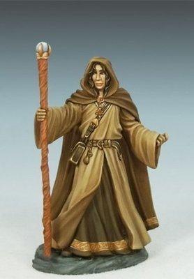 Young Traveling Mage - Dark Sword Miniatures