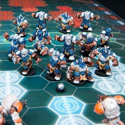 DreadBall Midgard Delvers Forge Father Team Box (13 Figuren)