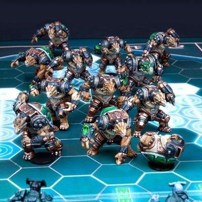 DreadBall Ukomo Avalanchers Teraton Team Box (12 Figuren)