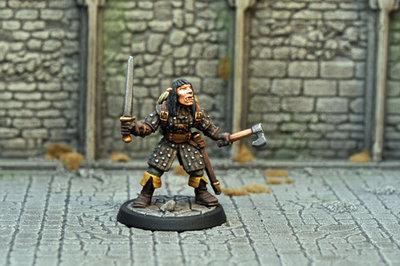 DAD17 – Female Half-orc Assassin - Otherworld Miniatures