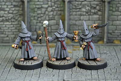 ME2b – Evil Acolytes II (3) - Otherworld Miniatures