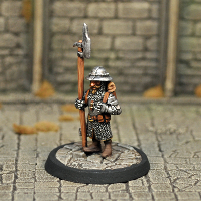 DAD7 – Male Gnome Fighter - Otherworld Miniatures