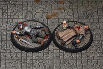 DF4a – Slain Adventurers I (2) - Otherworld Miniatures