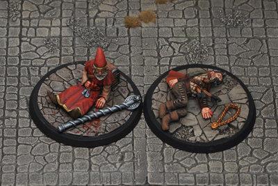 DF4b – Slain Adventurers II (2) - Otherworld Miniatures
