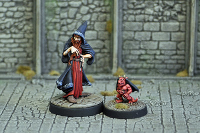 ME3b – Evil Magic-user II with Imp Familiar - Otherworld Miniatures