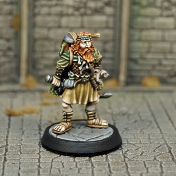 DAH5 – Human Male Druid - Otherworld Miniatures