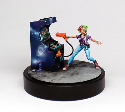 Mika Gamer Girl Limited Edition - Ammon Miniatures
