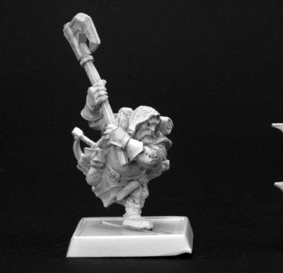 Harsk, Iconic Male Dwarf Ranger - Pathfinder Miniatures - Reaper Miniatures