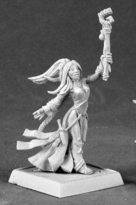 Seoni, Original Version - Pathfinder Miniatures - Reaper Miniatures
