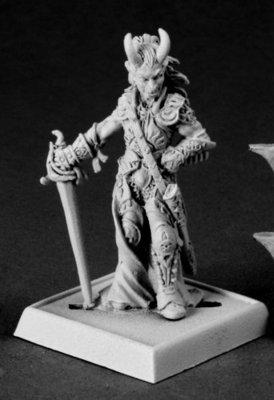 Eccardian Drovenge - Pathfinder Miniatures - Reaper Miniatures