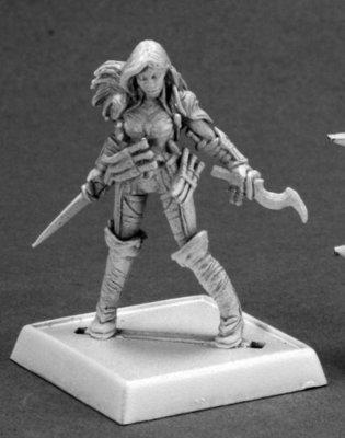 Cleric of Calistria - Pathfinder Miniatures - Reaper Miniatures