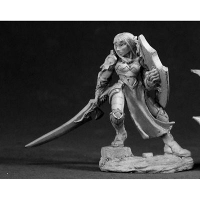 Dorva,Female Dark Elf - Dark Heaven Legends - Reaper Miniatures
